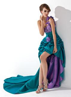 Corte A/Princesa Un sólo hombro Asimétrico Tafetán Vestido de baile de promoción con Volantes Bordado Flores
