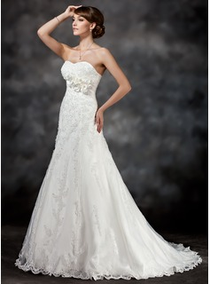 A-Line/Princess Sweetheart Court Train Satin Tulle Wedding Dress With Lace Flower(s) Sequins