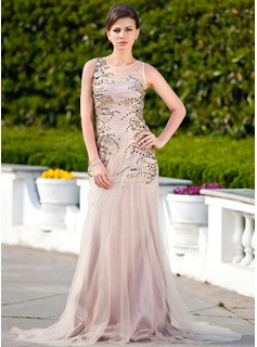 Trumpet/Mermaid Scoop Neck Court Train Tulle Mother of the Bride Dress With Ruffle Beading