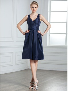 A-Line/Princess V-neck Knee-Length Taffeta Bridesmaid Dress With Ruffle (007000926)
