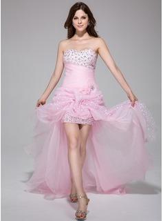 A-Line/Princess Sweetheart Asymmetrical Organza Prom Dress With Ruffle Beading Flower(s)