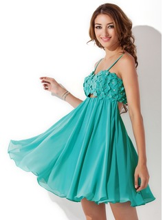Empire Sweetheart Short/Mini Chiffon Homecoming Dress With Beading Flower(s) (022008989)