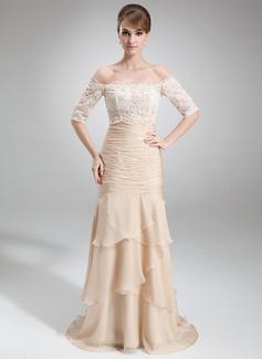 Trompete/Meerjungfrau-Linie Trägerlos Hof-schleppe Chiffon Kleid für die Brautmutter mit Gestufte Rüschen