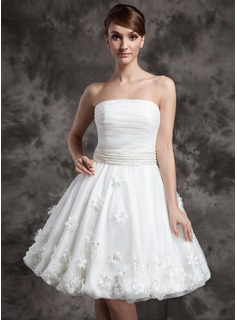 A-Line/Princess Strapless Knee-Length Organza Wedding Dress With Ruffle Beadwork Flower(s) (002024080)