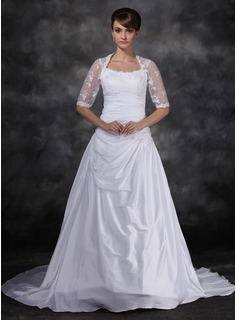 A-Line/Princess Scoop Neck Court Train Taffeta Tulle Wedding Dress With Ruffle Lace (002017121)