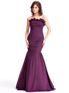 Mermaid Strapless Floor-Length Chiffon Evening Dress With Ruffle