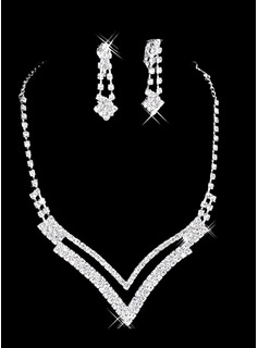 Rhinestone Dignified Necklace And Earring Set (011006985)