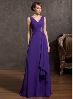 A-Line/Princess V-neck Floor-Length Chiffon Mother of the Bride Dress With Ruffle Beading (008014868)