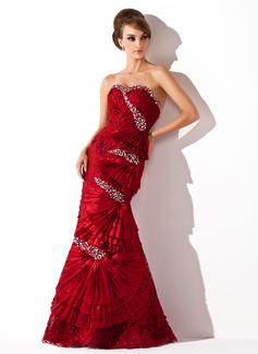 Corte trompeta/sirena Escote corazón Vestido Tafetán Encaje Vestido de baile de promoción con Bordado
