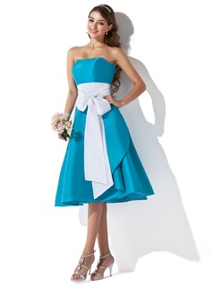A-Line/Princess Sweetheart Knee-Length Taffeta Bridesmaid Dress With Sash (007004276)
