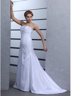A-Line/Princess Strapless Court Train Taffeta Wedding Dress With Ruffle Beadwork (002000439)