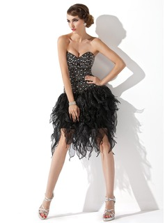 A-Line/Princess Sweetheart Knee-Length Organza Cocktail Dress With Beading