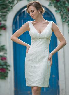 Vestido tubo Escote en V Hasta la rodilla Encaje Vestido de novia con Bordado