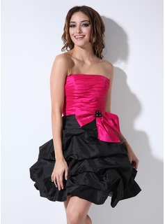 A-Line/Princess Strapless Short/Mini Taffeta Cocktail Dress With Ruffle Beading (016005855)