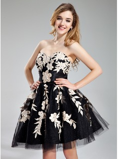 A-Line/Princess Sweetheart Short/Mini Tulle Charmeuse Homecoming Dress With Ruffle Beading Appliques