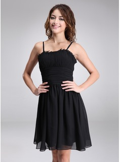 A-Line/Princess Sweetheart Knee-Length Chiffon Homecoming Dress With Ruffle (022021136)