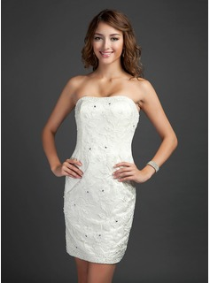 Sheath Strapless Short/Mini Satin Lace Cocktail Dress With Beading (016015332)