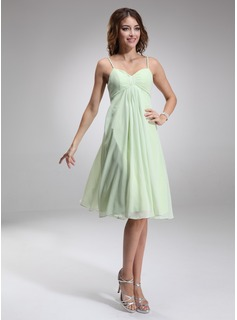 Empire Sweetheart Knee-Length Chiffon Bridesmaid Dress With Ruffle (007001924)
