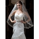 One-tier Fingertip Bridal Veils With Lace Applique Edge (006034300)
