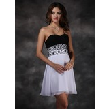 A-Line/Princess Sweetheart Short/Mini Chiffon Homecoming Dress With Beading (022004624)