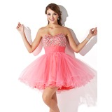 A-Line/Princess Sweetheart Short/Mini Tulle Homecoming Dress With Ruffle Beading