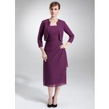 Etui-Linie Rechteckiger Ausschnitt Wadenlang Chiffon Kleid für die Brautmutter mit Perlen verziert Gestufte Rüschen
