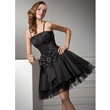 A-Line/Princess Knee-Length Taffeta Tulle Homecoming Dress With Ruffle (022020965)