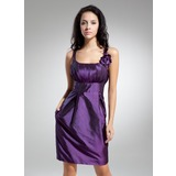Sheath/Column Scoop Neck Knee-Length Taffeta Homecoming Dress With Ruffle Flower(s)