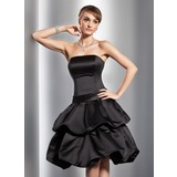 A-Line/Princess Strapless Knee-Length Satin Homecoming Dress With Ruffle Bow(s)