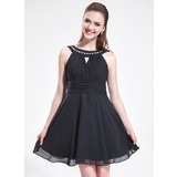 A-Line/Princess Scoop Neck Short/Mini Chiffon Homecoming Dress With Ruffle Beading (022025587)