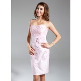Sheath/Column Sweetheart Knee-Length Taffeta Homecoming Dress With Beading Appliques Lace Flower(s)