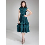 A-Line/Princess Scoop Neck Knee-Length Charmeuse Homecoming Dress With Ruffle (022009416)