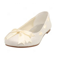 Satin Flat Heel Closed Toe Flats Wedding Shoes With Bowknot Ribbon Tie (047005458)
