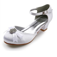 Satin Low Heel Closed Toe Flats Wedding Shoes With Bowknot Rhinestone (047022835)