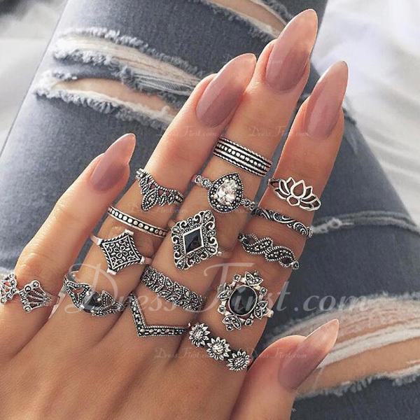 Ainutlaatuinen Metalliseos Naisten Muoti renkaat (Set of 15 paria)