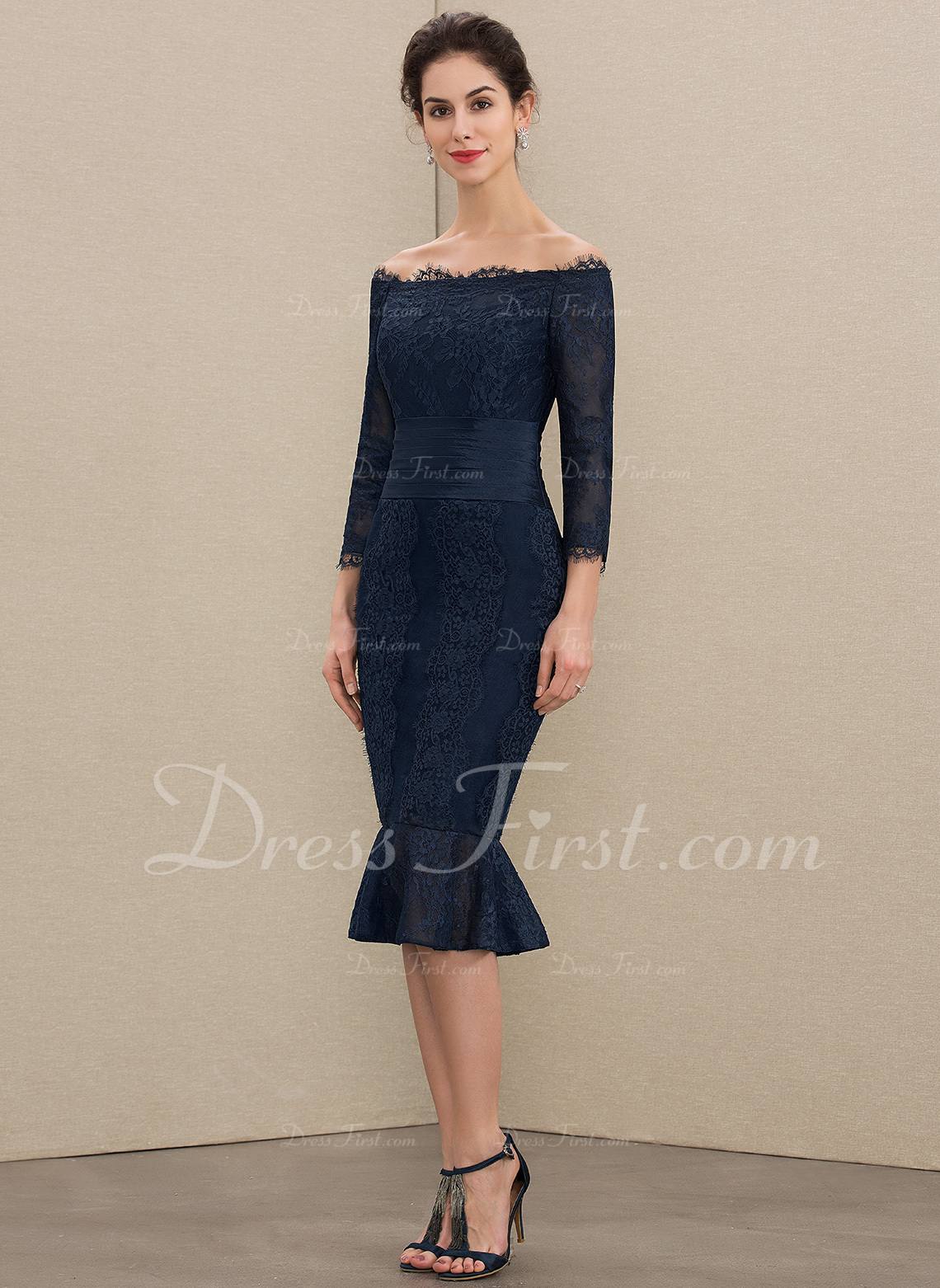 c9d2a4fabd1 Trumpet Mermaid Off-the-Shoulder Knee-Length Lace Mother of the Bride Dress   179212