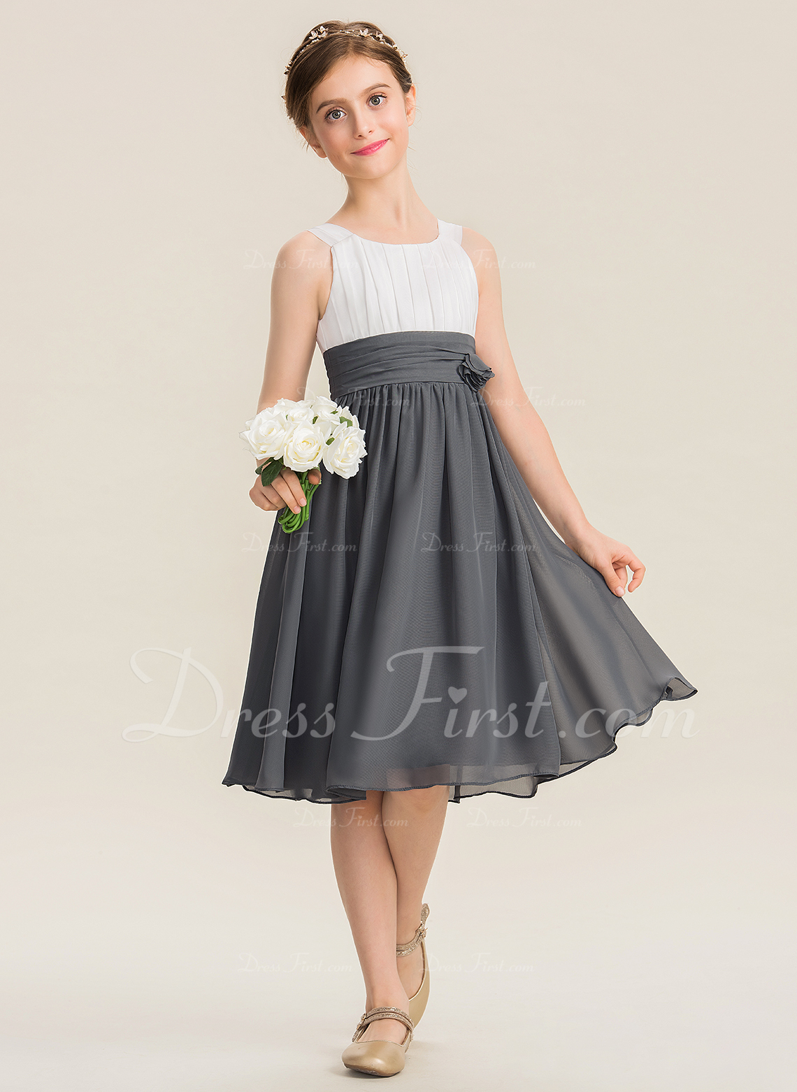 113aca2c1083b A-Line Scoop Neck Knee-Length Chiffon Junior Bridesmaid Dress With ...