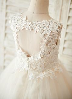 Aライン 膝上丈 フラワーガールのドレス - チュール/レース 袖なし スクープネック とともに バックホール