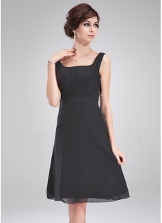 A-Line/Princess Square Neckline Knee-Length Chiffon Cocktail Dress With Ruffle Bow(s)