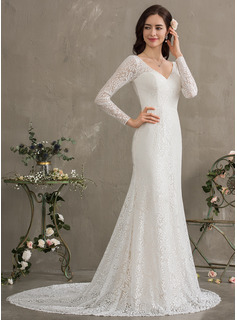 Trumpet/Mermaid V-neck Court Train Lace Wedding Dress