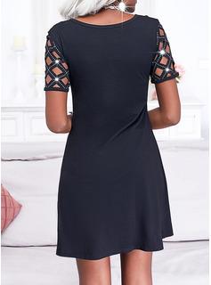 Einfarbig Etuikleider Kurze Ärmel Midi Kleine Schwarze Lässige Kleidung Modekleider