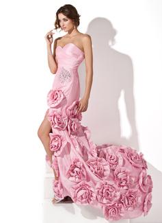 Sheath/Column Sweetheart Asymmetrical Evening Dress With Beading Flower(s)