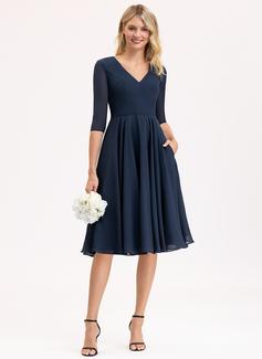 A-Line V-neck Knee-Length Chiffon Bridesmaid Dress With Pockets
