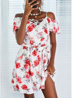 Floral Impresión Vestido línea A Manga Corta Mini Casual Patinador Vestidos de moda