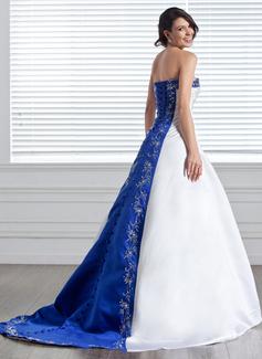 Robe Marquise Sans bretelle Traîne moyenne Satiné Robe de mariée avec Broderie Ceintures Brodé
