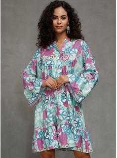 Knee Length V neck Polyester 3/4 Sleeves Print Fashion Dresses