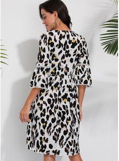 Leopard Kjole med A-linje 1/2 ærmer Midi Casual Elegant skater Mode kjoler