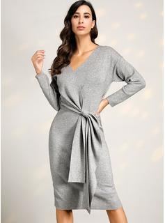 Żebrowany Masywna dzianina Jednolity Poliester Dekolt w kształcie litery V Swetry Suknie Swetry