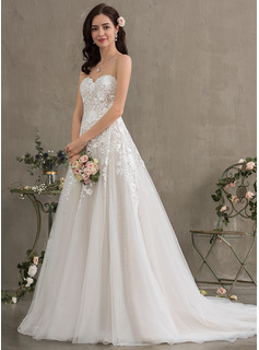 Ball-Gown/Princess Sweetheart Court Train Tulle Wedding Dress