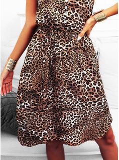 Leopard Fodral Ärmlös Midi Fritids Semester Tank Modeklänningar